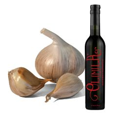 This Garlic balsamic vinegar is full of aromatic and zesty flavors of sage and citrus, balanced with a subtle garlic attitude. Aged Balsamic Vinegar, Garlic, Vegetables, Food, Gourmet, Essen, Vegetable Recipes, Meals, Yemek