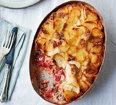 Gratin of fresh & smoked salmon, beetroot, potatoes & dill Bbc Good Food Recipes, Vegetarian Recipes Easy, Savoury Recipes, Supper Recipes, Fish Recipes, Meal Recipes, Yummy Recipes, Easy Starters, Gratin