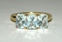Vintage 14k Solid Gold Genuine Aquamarine Gemstone Ring Size 8.5