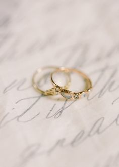 A ring can be dainty