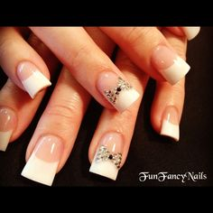 Blingy Bow - Nail Art Gallery feet and white French Pedicure, French Tip Nails, Manicure And Pedicure, Black Pedicure, Pedicures, Nail Art Blog, Nail Art Hacks, Fabulous Nails, Perfect Nails