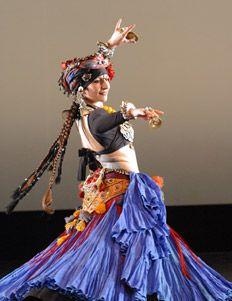 Carolena Nericcio, fat chance Belly dance