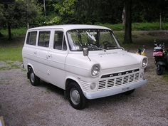 Ford Transit, Ford Lincoln Mercury, Car Ford, Auto Ford, Transit Custom, Old Lorries, Mk 1, Old Commercials, Day Van