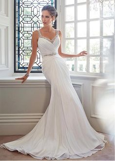 Fabulous Chiffon & Tulle Sweetheart Neckline A-line Natural Waistline Sheath Wedding Dress