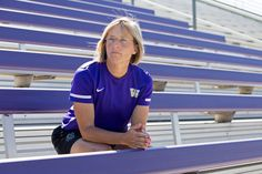 Soccer coach Amy Griffin was in a Seattle hospital visiting a young goalie who was receiving chemotherapy when a nurse said something that made the hair on G...