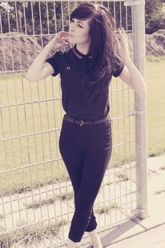 fred perry polo and capris.