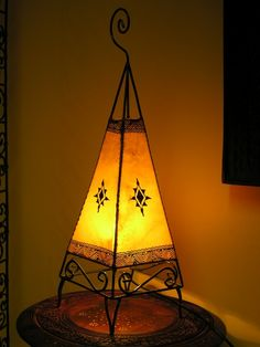 Moroccan henna lamp in yellow in Home, Furniture & DIY, Lighting, Lamps Moroccan Henna, Moroccan Lamp, Gypsy Decor, Bohemian Decor, Soft Furnishings, Lanterns, Perfume Bottles, Table Lamp, Pottery