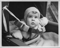 VIVIAN MAIER - New York (baby in stroller), ca. 1951-55