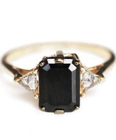 Anna Sheffield Square Black Diamond Bea Ring -- this is the exact style of ring I want. Instead of black diamond though, I want a peach sapphire. same cut and errythang. someone make it happen. How To Have Style, Black Diamond Engagement, Onyx Engagement Ring, Black Stone Engagement Rings, Black Diamond Wedding Rings, Vintage Diamond Rings, Wedding Engagement, Ring Verlobung, Gold Ring