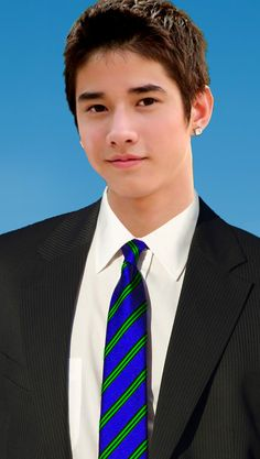 Mario Maurer, the Thai-Chinese model with the Italian-German name. Confused yet?
