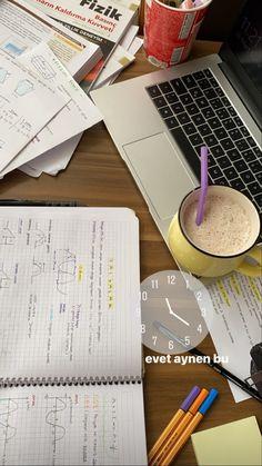 Bullet Journal Books, Book Journal, School Motivation, Study Motivation, School Study Tips, Study Desk, Study Hard, School Notes, Study Inspiration