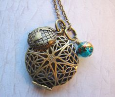 Adventure Essential Oil Diffuser Necklace by EverTrend on Etsy