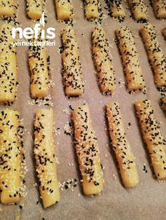 Margarinsiz (Ağızda Dağılan) Tuzlu Kurabiye - Nefis Yemek Tarifleri Hot Dogs, Delicious Desserts, Gluten, Ethnic Recipes, Food, Yummy Food, Essen, Meals, Yemek