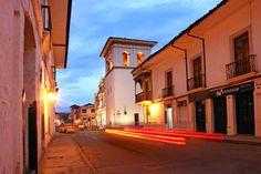 Colombia - Por la calles de Popayán, Cauca.
