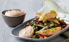 Lun quinoa med stegt kylling og hytteostmayo