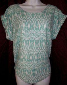 #AbssolutelyFamous #MintGreen #ShortSleeve #HiLo #KnitTop Women S/M