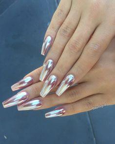 Rose gold Chrome for  @s_hossine #chromenails