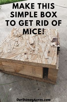 This Mouse Box is a simple solution we have been using for years to help control the mice population around our backyard and compost bins. #gardening #backyardgardening #vegetablegardening #mice