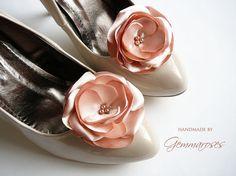 Beaded Blush Rose / Powder Rose Shoe Clips by gemmaroses on Etsy, $21.00