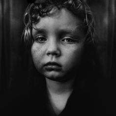 Photographer Lee Jeffries has shown that it's possible by taking very expressive portraits of people. But not just any kind of people; all of his models are homeless men, women and children that he has met in Europe and the United States. Food Photography Styling, White Photography, Street Photography, Portrait Photography, Portrait Art, Lee Jeffries, Manchester, Sad Eyes, Human Emotions
