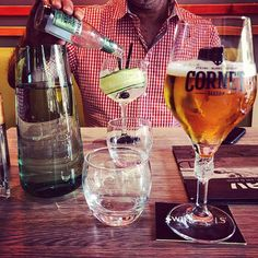 Drankje doen... ;-) #myview #GinTonic #bier #Cornet  #P #RAV #Eindhoven Eindhoven, Gin And Tonic, Alcoholic Drinks, Coffee Maker, Glass, Instagram, Beer, Coffee Maker Machine, Coffee Percolator
