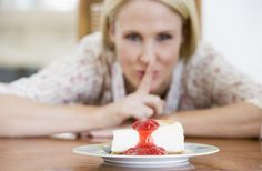 razones por las que no puedes perder peso  http://www.lavidalucida.com/7-pensamientos-que-sabotean-tu-objetivo-de-perder-peso.html