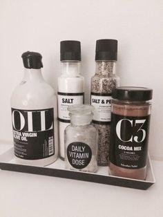 Nicholas Vahe spices