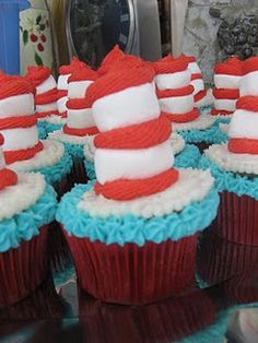 dr seuss cupcakes for Bill and Hannah's co-ed diaper party/baby shower Friday... could also do this: those look like mini marshmallows!