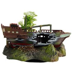 Aquarium Sunken Ships