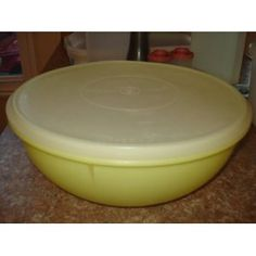 Ahh....little story about this bowl. My sisters & I (we were little girls) went to a church camp and took my Grandma's bowl like this....we didn't come back with it and I didn't think we'd ever hear the end of it!!! LOL.