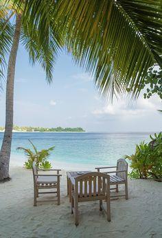 The Best Place to Relax by Yana Reint #yanareint #yanareintphoto # homedecor #maldives #tropical #iasland