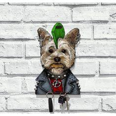 Que tal um porta-chaves de cachorrinho punk?