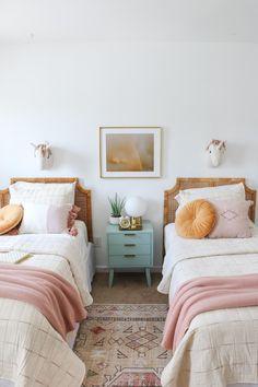 Room Ideias, Sister Bedroom, Shared Bedrooms, Shared Girls Rooms, Boy Rooms, Kids Room Design, Room Kids, Kids Rooms, Home Bedroom