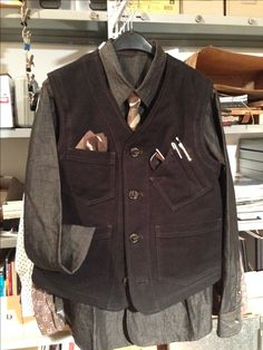 """freshly out of my """"kitchen"""" - my first workwear vest, just for pattern tryout, looks successful……"""