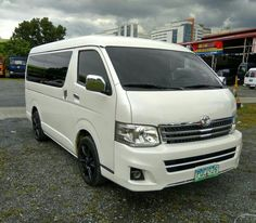 For Sale 2011 Toyota Hi Ace Super Grandia Automatic Transmission for Price and other details click link  https://www.autotrade.com.ph/carsforsale/2014-toyota-hiace-super-grandia/