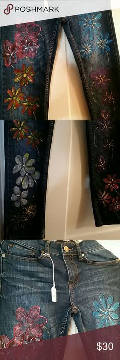 Girls RSQ Skinny Jeans Custom design size 12 girls skinny jeans. RSQ jeans London Skinny.  Beautiful hand painted flowers. Jeans Skinny