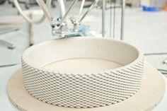 Impresora 3d imprimiendo un jarron
