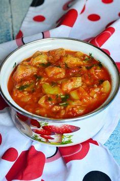 Tocanita de dovlecei si rosii - CAIETUL CU RETETE Raw Vegan Recipes, Vegetarian Recipes, Healthy Recipes, Baby Food Recipes, Cooking Recipes, Good Food, Yummy Food, Romanian Food, Healthy Cooking