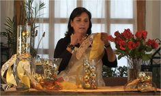 La casa de Alejandra - mi casa es tu casa: Arreglo navideño de esferas, listones y rosas rojas