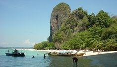 Einer der schönsten Strände Thailands: Der Phranang Beach bei Krabi Krabi Thailand, Thailand Travel, Strand Thailand, Ao Nang Krabi, Ao Nang Beach, Railay Beach, Beach Cocktails, Khao Lak, Koh Phangan