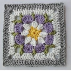 How to Crochet a Solid Granny Square Crochet Square Blanket, Crochet Squares Afghan, Baby Afghan Crochet, Crochet Motifs, Granny Square Crochet Pattern, Crochet Blocks, Crochet Flower Patterns, Crochet Blanket Patterns, Crochet Stitches