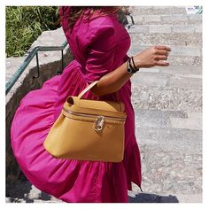 Color match for your summer! 🌞🌷#twinset collection #ss16 #taormina #isolabella #sicily #céciledeux #bag #bags #yellow #dress #flower #summer #fashion #style #cool #instadaily #instagood #instalike #instagram #instamood #instapic #instacool #instalove #instafashion #instastyle @taorminaofficial