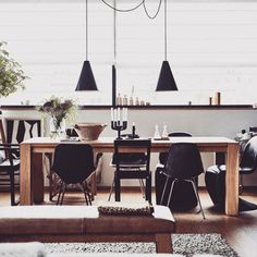 We love combining different chairs for the dinner table. What do you think?  #VOGAloves #interior #design #inspiration #summer #dining Credit: Justjive