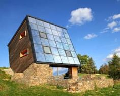Energy-efficient homes that don't skimp on style Energy Efficient Homes, Energy Efficiency, Bungalow, Classic House, Amazing Architecture, Sustainability, Skyscraper, Multi Story Building, Outdoor Decor