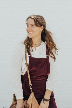 Overall Dress? - The Little Duckwife Zooey Deschanel, Church Outfit Summer, Taylor Swift, Gals Photos, Hipster, Overall Dress, Daily Fashion, Fashion Tips, Overalls