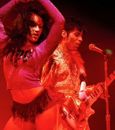 Celebrating the life, legacy, achievements and artistry of Prince Rogers Nelson. Quality rare photos and more. Mayte Garcia, Prince And Mayte, Roger Nelson, Prince Rogers Nelson, Rare Photos, Most Beautiful Man, Cute Outfits, Wonder Woman, Celebrities