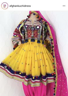 #kuchidress #Afghanoutfit #traditionalwear #traditional #afghan #yellowandpink #yellow #pink Garba Dress, Navratri Dress, Pakistani Outfits, Indian Outfits, Afghani Clothes, Shadi Dresses, Short Frocks, Afghan Dresses, Indian Designer Wear