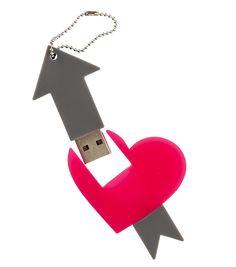 clé USB cœur fléché 8Go - HEMA