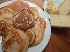zum Rezept: http://www.dieangelones.ch/2014/01/american-pancakes-der-besondere-sonntagsbrunch/