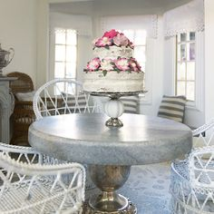Miniature marble and silver table.... luxe dining!